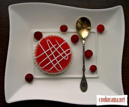 Ягідно-вершковий десерт «З'їж мене»