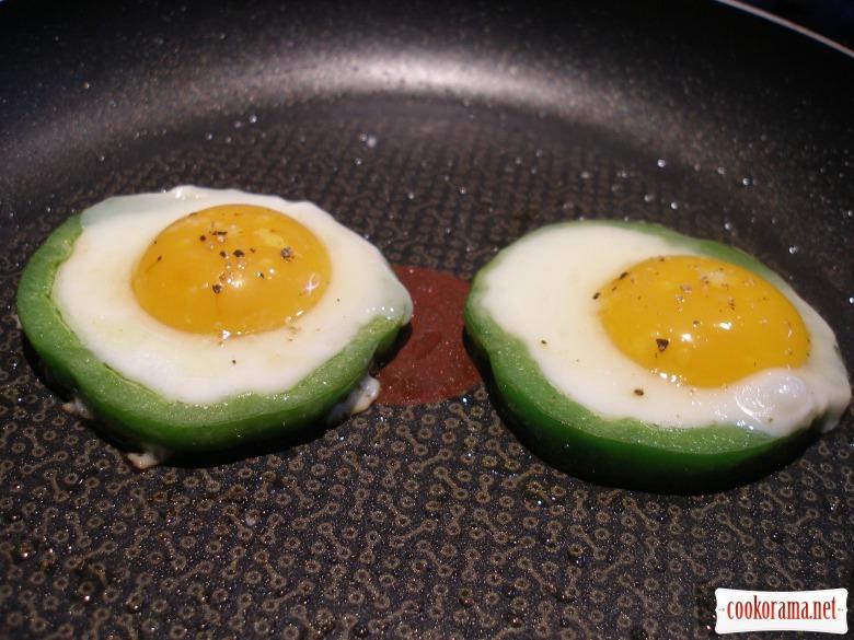 Яєчня у перці