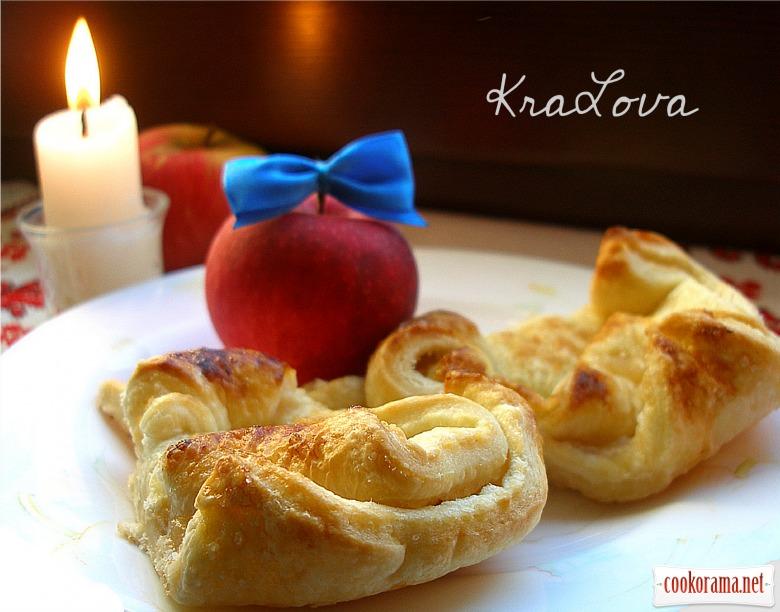 Порційний яблучний пиріг