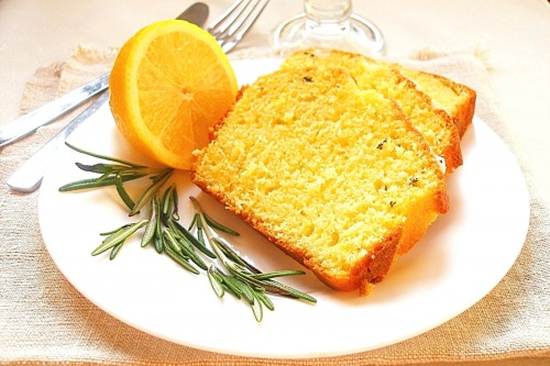 Лимонний кекс з розмарином