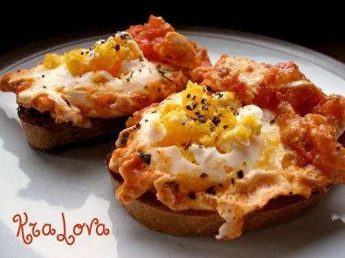 Яичница с томатами - Uova Al Pomodoro