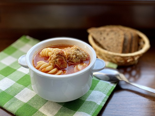 Суп с фрикадельками (томатный)