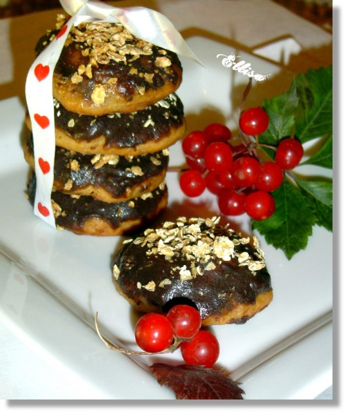 Soft cookies with banana and cottage cheese