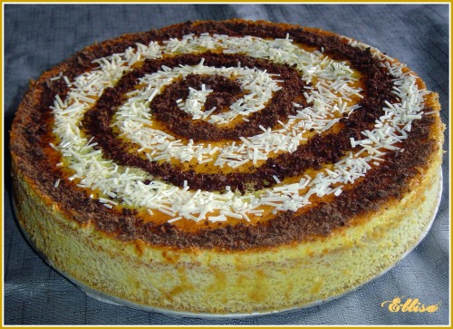 Пиріг з персиками і шоколадом