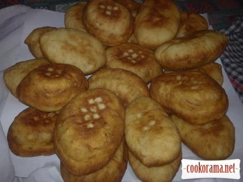 Жареные пирожки из картофельного теста