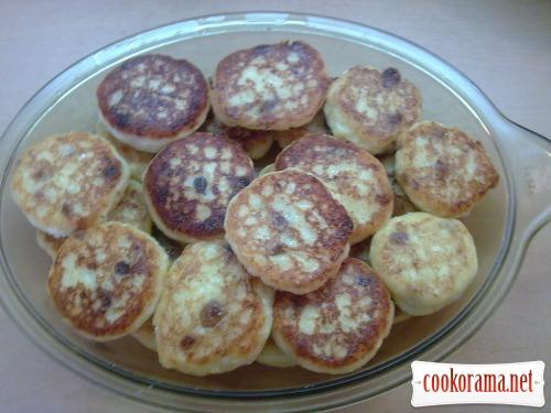 Saxon curd fritters