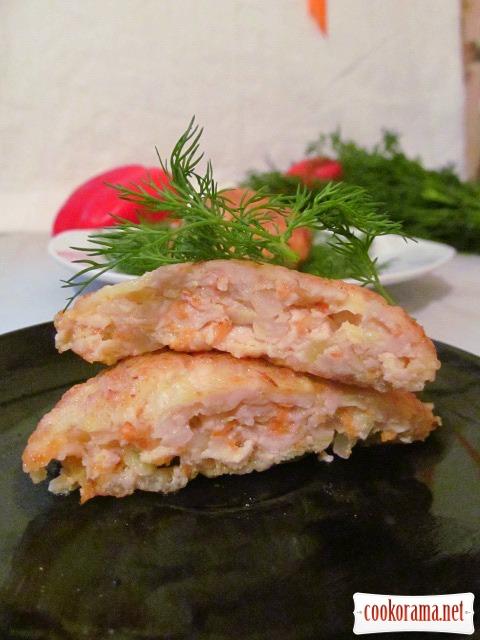 Куриные котлетки с рисом и кабачком