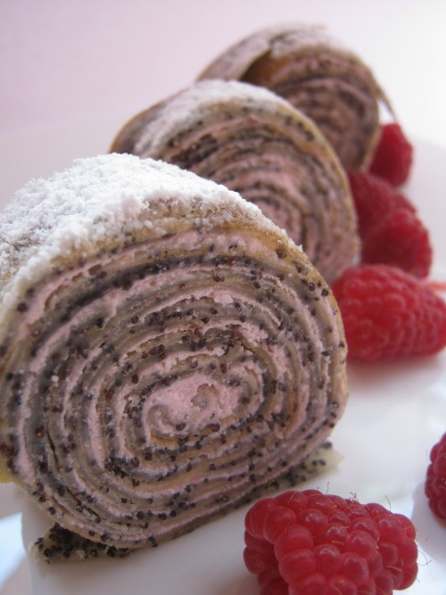 Pancake roll with curd-berry cream