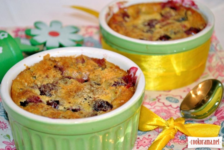Cherry Clafoutis with almonds