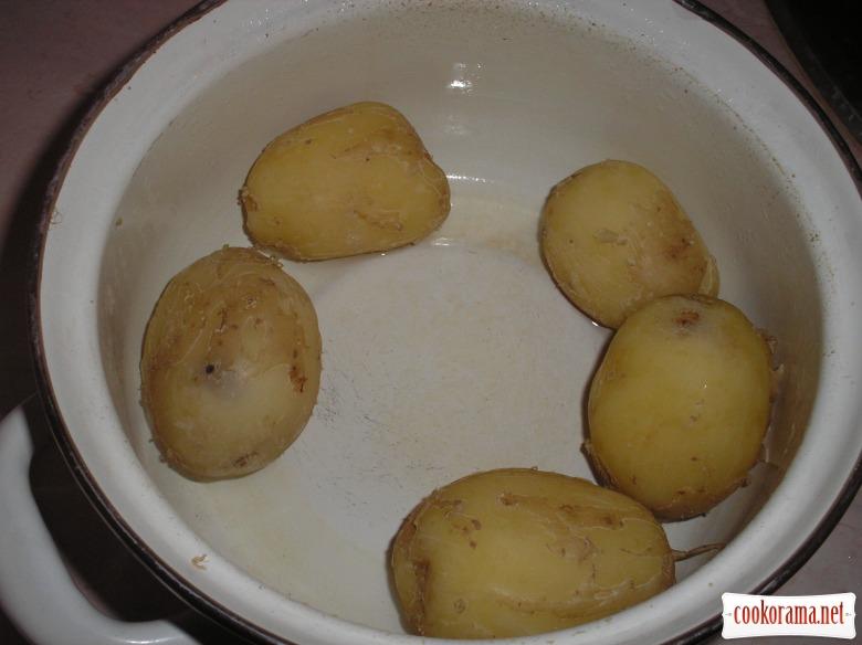 Тарт з молодою картоплею, сиром та помідорами