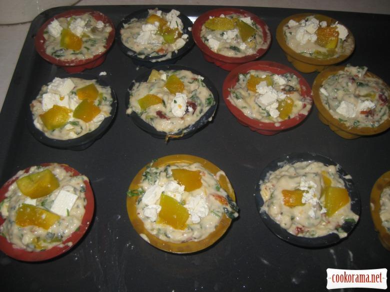 Гарбузові мафіни з бринзою та шпинатом