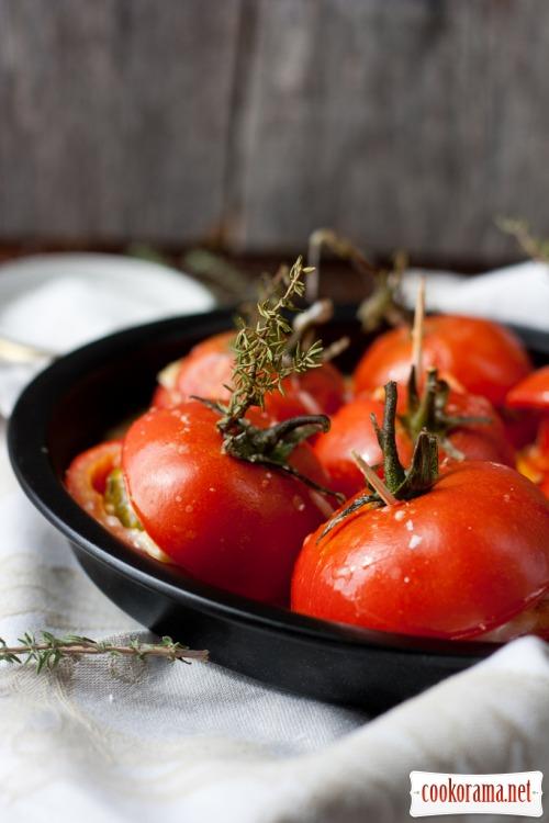 Запечені помідори в духовці
