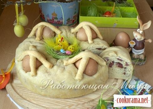 Італійський пасхальний хліб Casatiello Napolitano