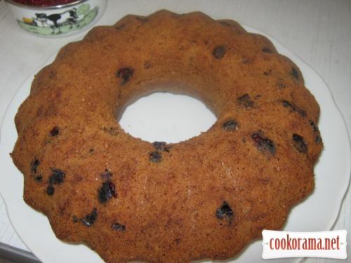 Вишнево-кофейный кекс с шоколадом к Пасхе