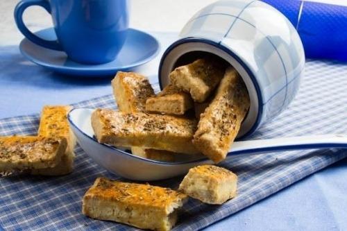 Сирні сухарики (печиво солоне)