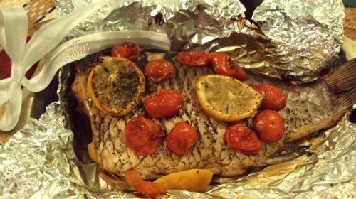 Запечена риба з помідорами