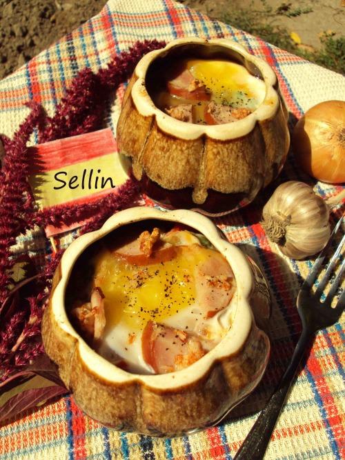 Яйця по-фламандськи (Huevos a la flamenca)