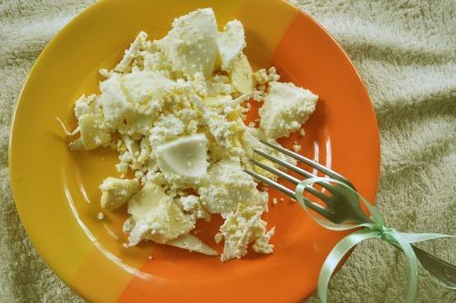 Пасхальный салат с яйцами и хреном