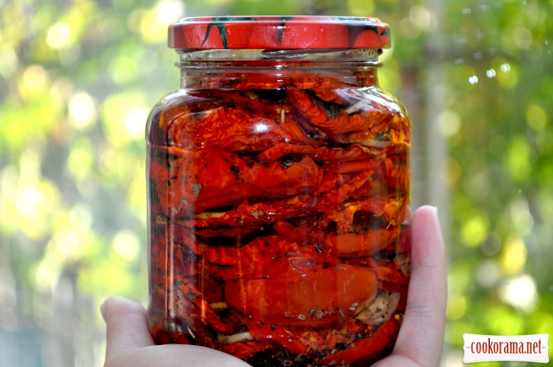 В'ялені помідори