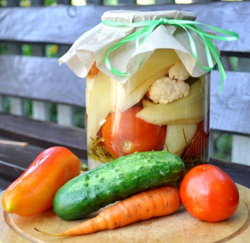 Овочеве асорті на зиму