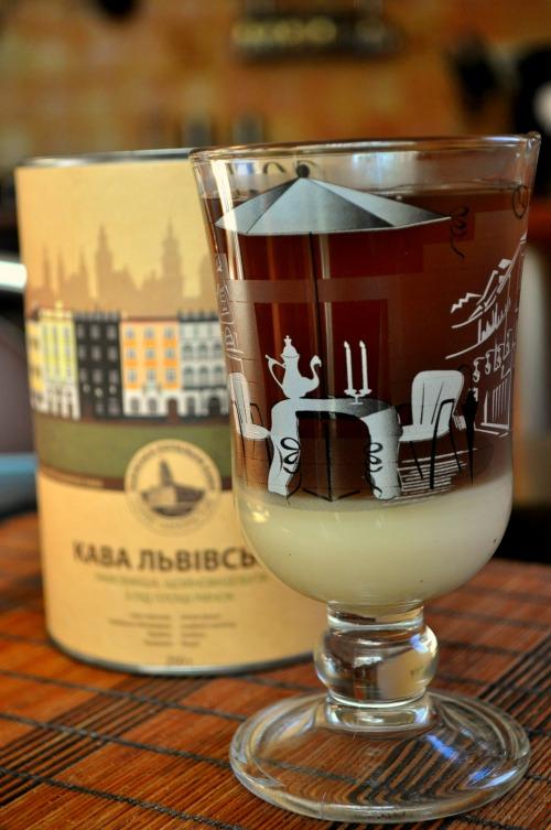 Cafe Bombon (кава зі згущенкою)
