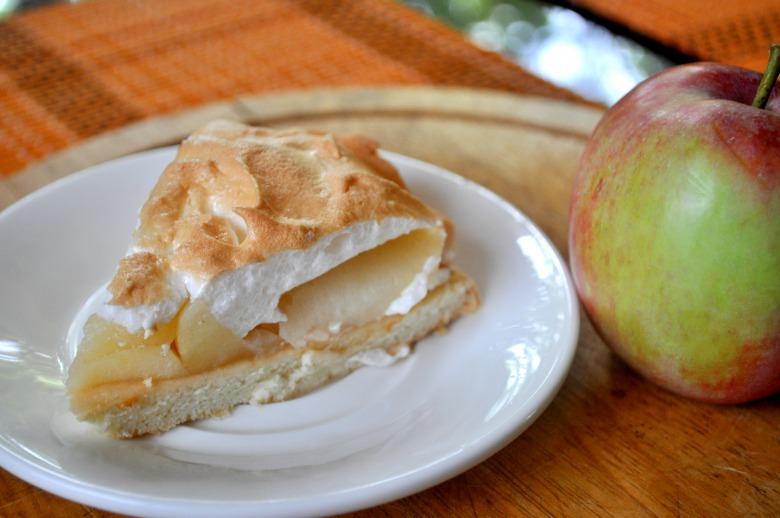 """Пиріг """"Яблучна спокуса"""""""