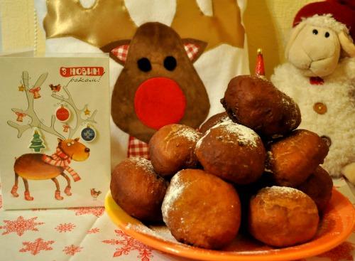 Рождественские пончики с маково-творожной начинкой