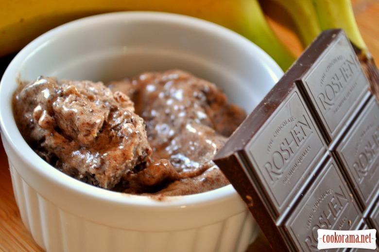 Бананово-шоколадне морозиво