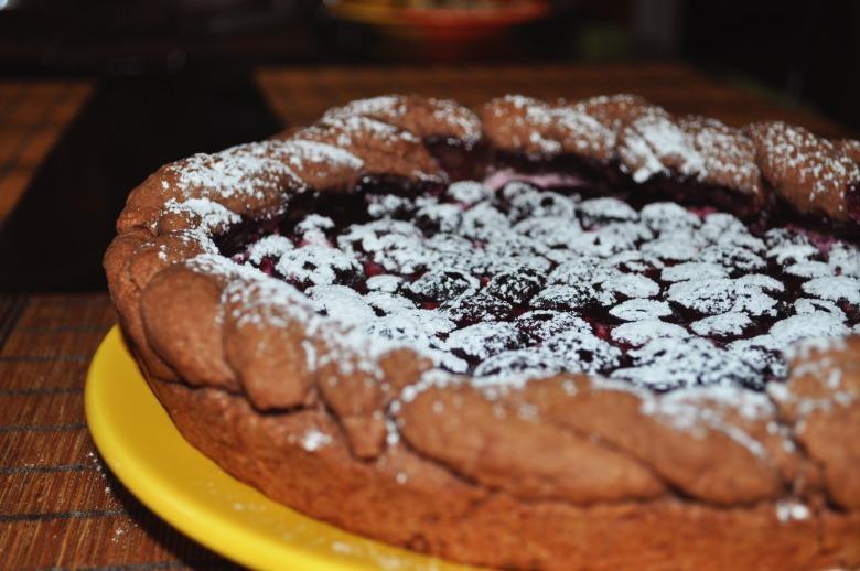 Пиріг з черешнями