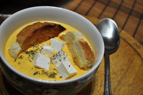 Суп-пюре з гарбуза і фети
