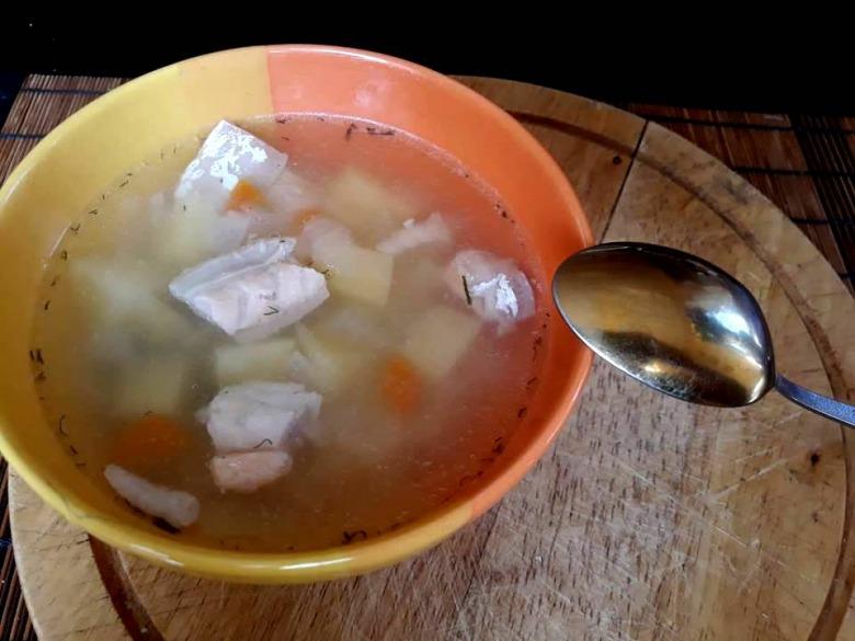 Суп із животиків сьомги