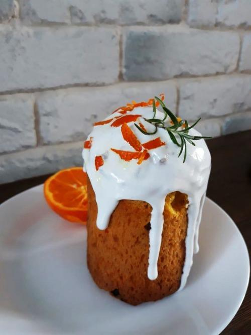 Морквяно-апельсинова паска
