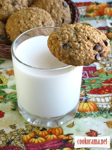 Тыквенное овсяное печенье с шоколадом