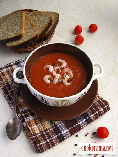 Томатний суп з креветками