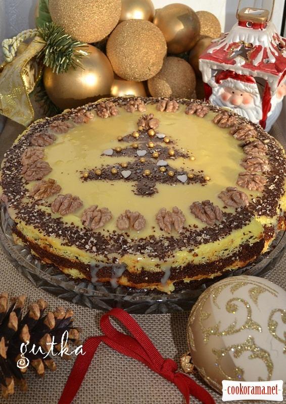Рождественский торт с творожным кремом и сливовым вареньем
