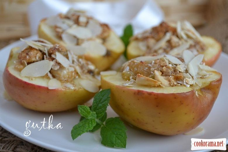 Яблука печені