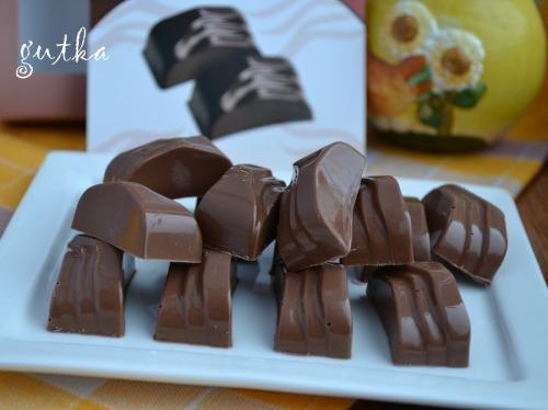 Цукерки - шоколад з горіхами кешью