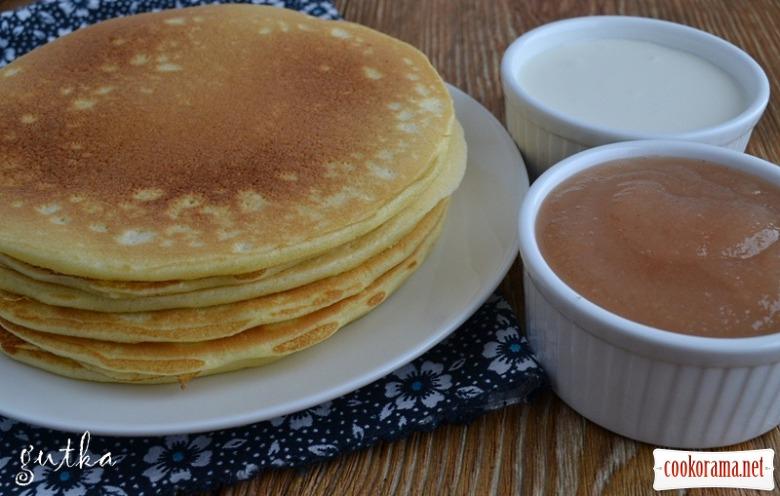 Пухкі млинці на сніданок