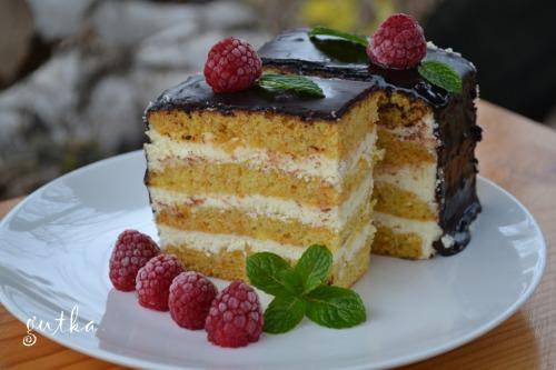 Гарбузовий торт з сирним кремом