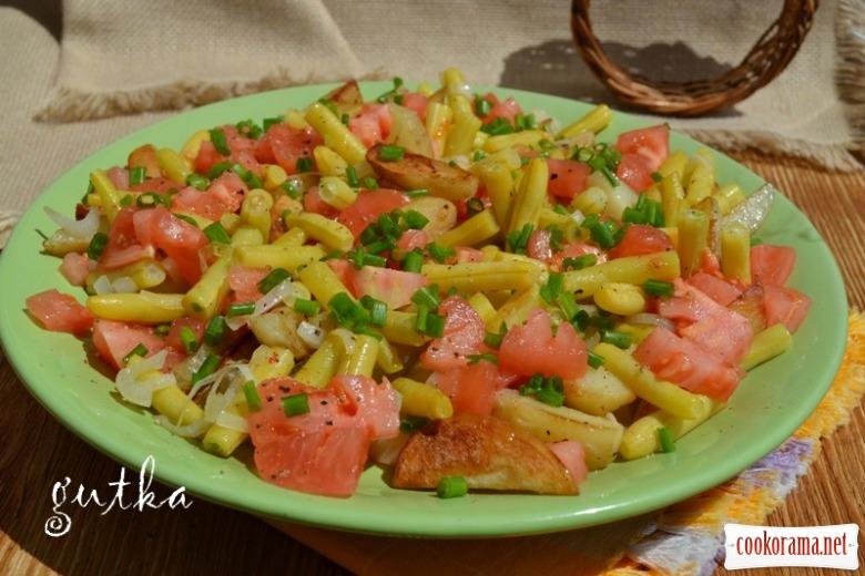 Салат з молодої картоплі та квасолі спаржевої