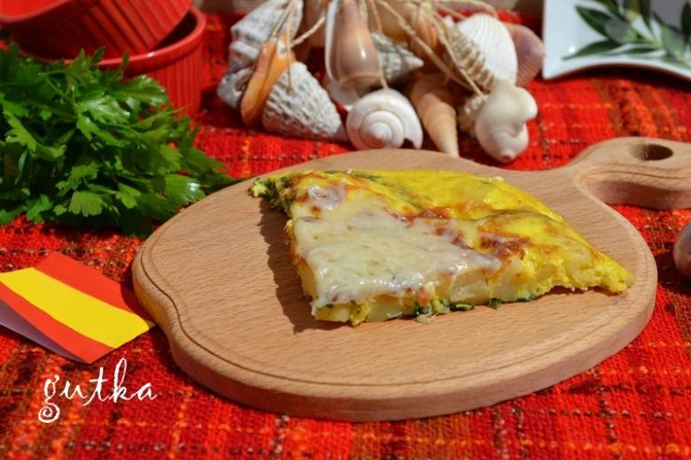 Іспанська тортилья з картоплею, шпинатом та сиром фета