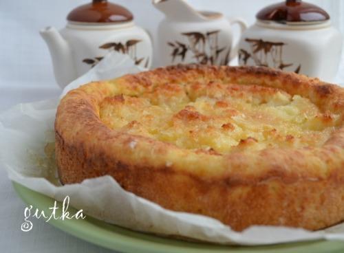 Сирний пиріг з грушами в кокосовій глазурі