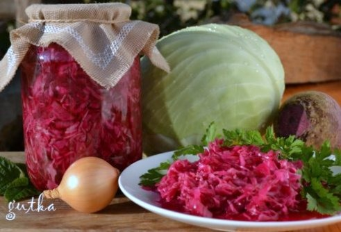 Салат з капусти та буряка на зиму