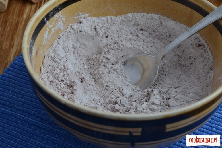 Шоколадні мафіни з грушою