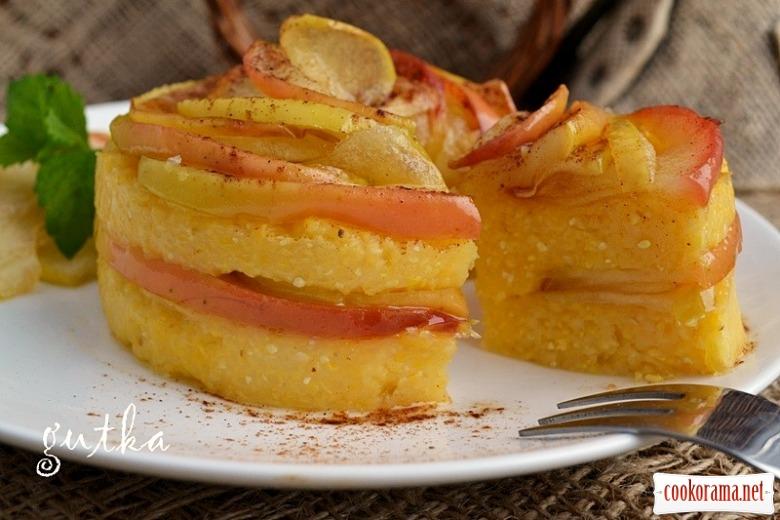 Кукурудзяна каша з карамелізованими яблуками