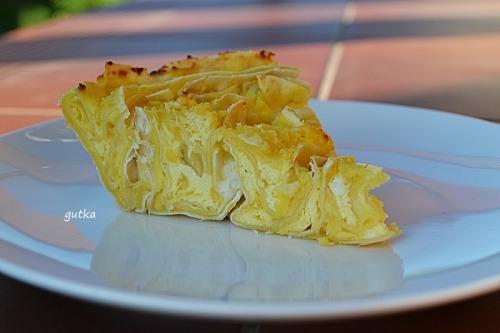 Пиріг з лавашу і трьох сортів сиру