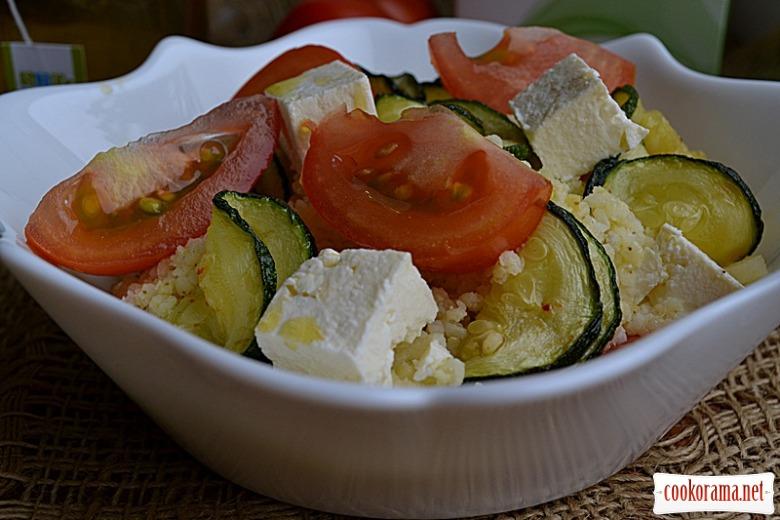Салат із пшоняної каші та цукіні