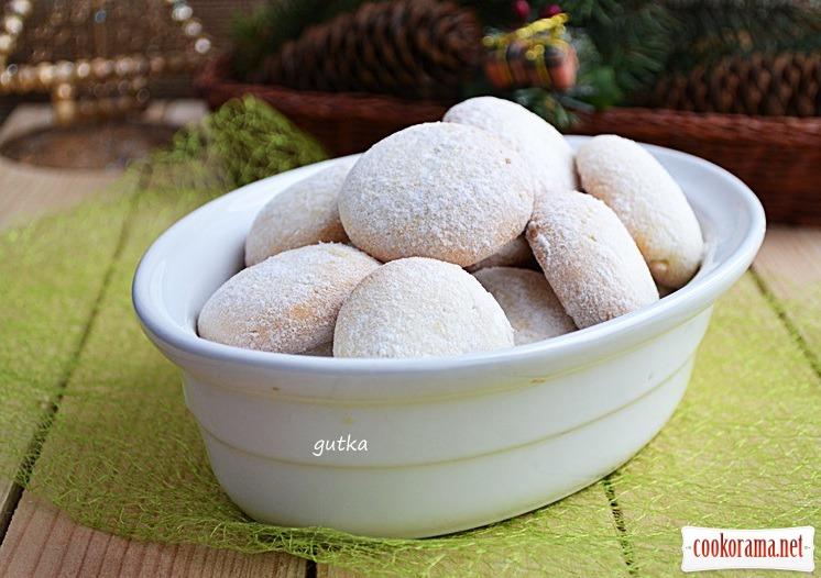 Печиво в цукровій пудрі