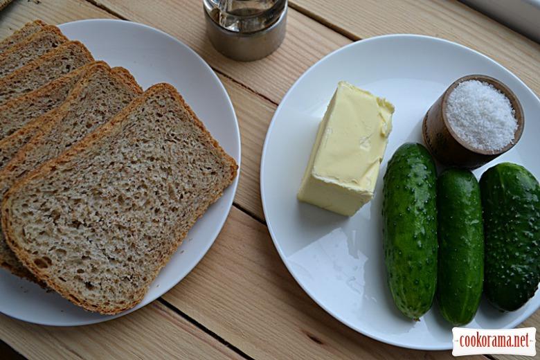 Англійський сендвіч з огірком