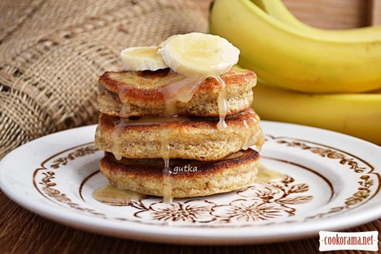 Банановые оладьи на завтрак